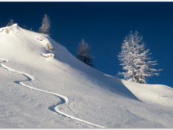 Natale in montagna sulla neve